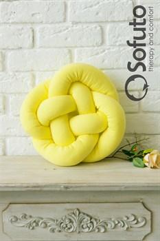 Декоративная подушка Sofuto Кельтский узел на удачу yellow
